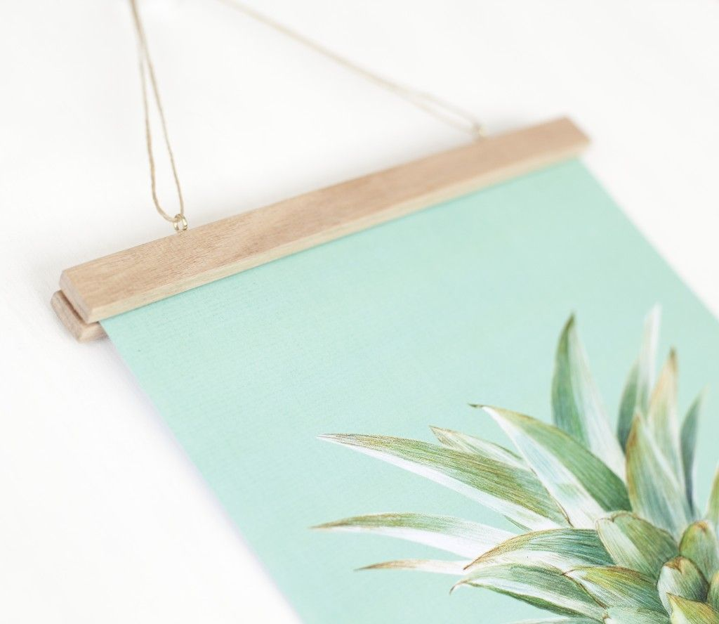 DIY Poster Hanger - Crafted | Health & home | Pinterest | Marcos ...