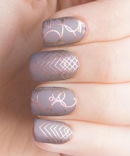 Lovely Grey And Golden Strip Nail Art Designs Stripped Nails Gray