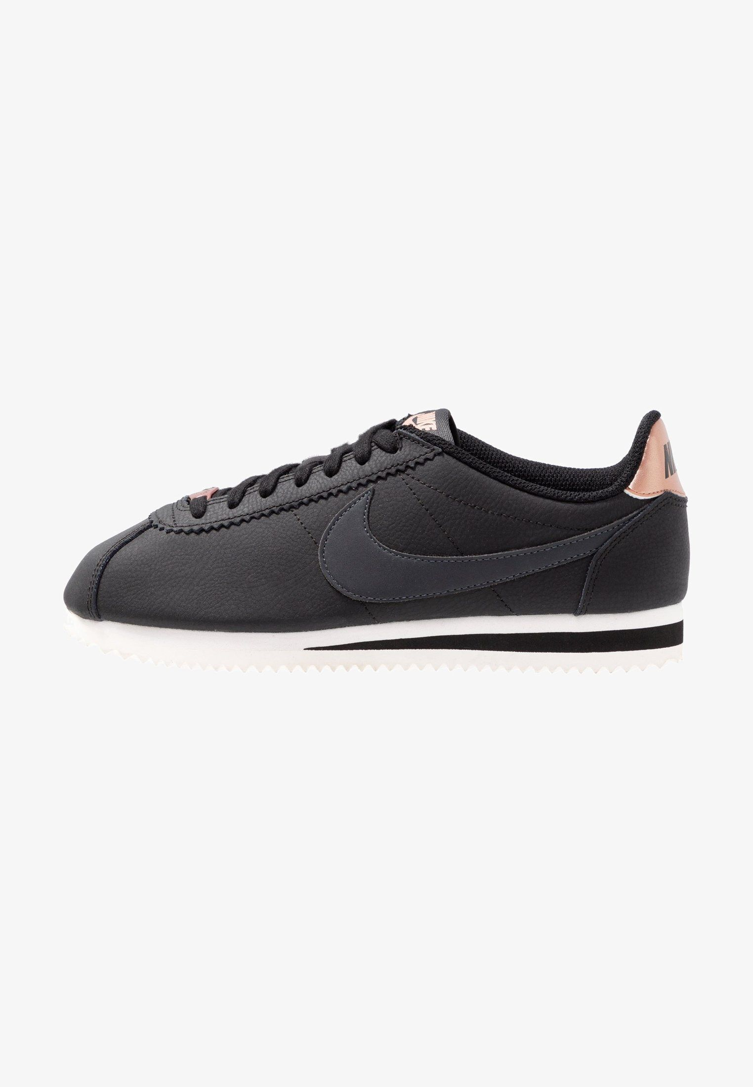 668fbf551175 Nike Sportswear CLASSIC CORTEZ - Sneakers laag - black anthracite metallic  red bronze