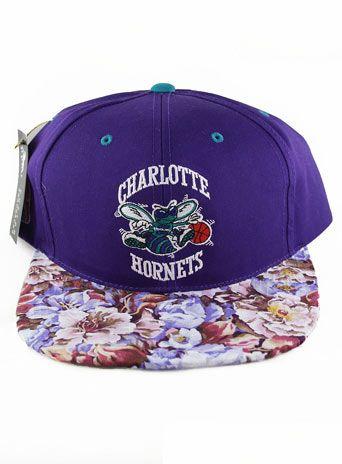 Agora Vintage Charlotte Hornets Snapback Hat  eb03ef81ce8