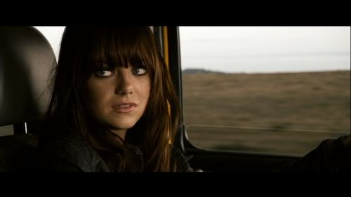 Emma In Zombieland Emma Stone Screencap Black Hair Emma Stone