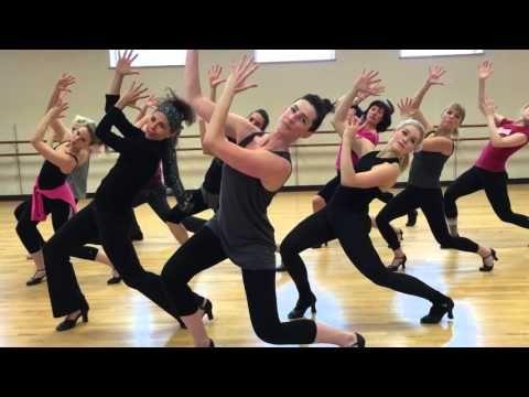 Aerobic zum Abnehmen mit moderner Tanzmusik