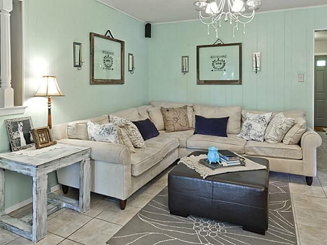 Beau Tiffany Blue Living Room   CUTE!   700 Buffalo Drive, Arlington TX   Trulia