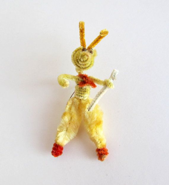 Vintage Pipe Cleaner Easter Bunny Lapel Broach Pin by teresatudor, $5.99