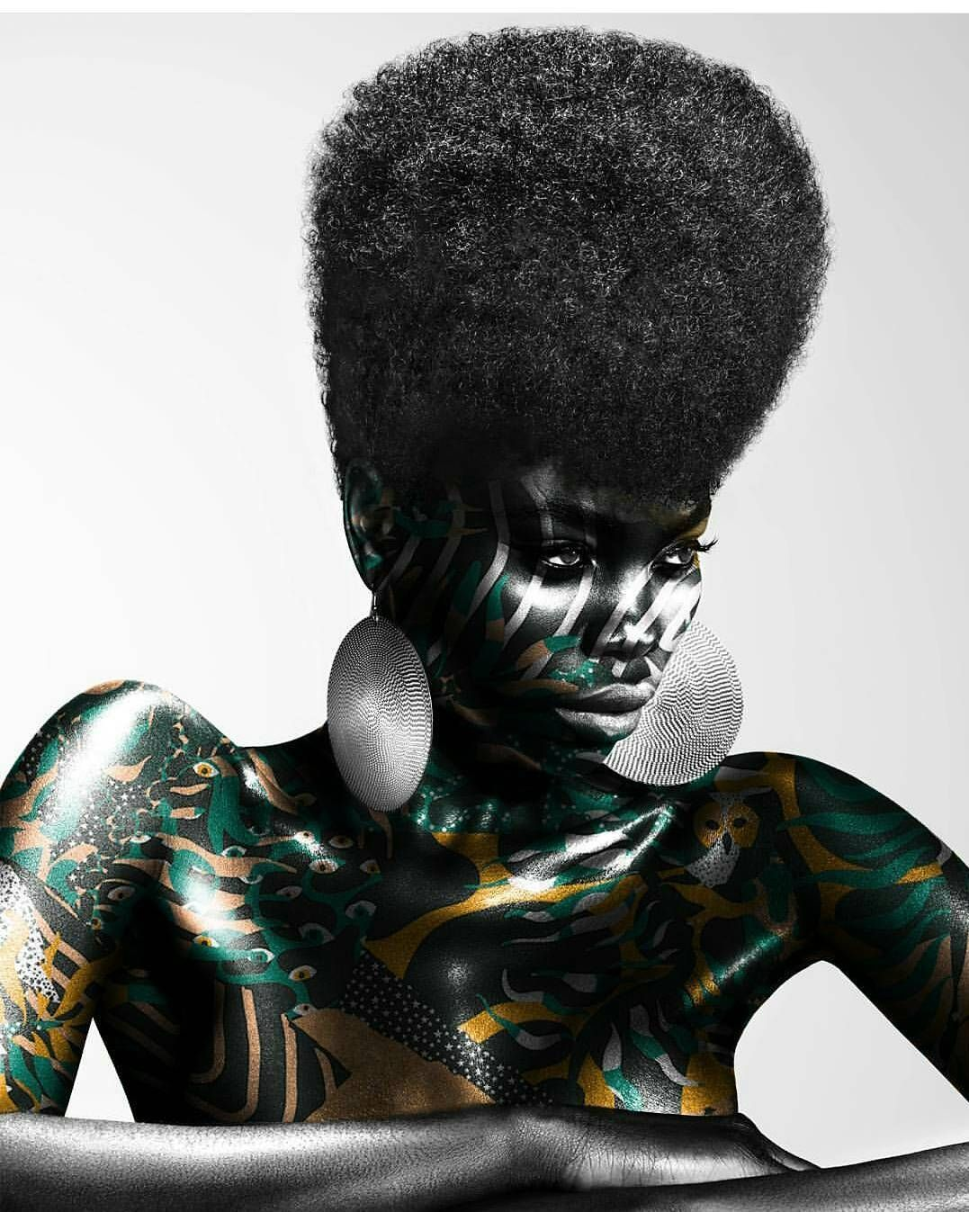 Under my skin 02. : @johnrawson Image via @pasteinplace_ —— #Osengwa | #AfricanArt | #AfricanFashion | #AfricanMusic | #AfricanStyle | #AfricanPhotography | #Afrocentric | #Melanin | #African | #Art...