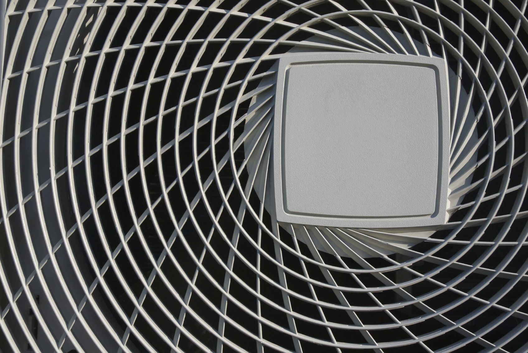 How to Clean Your Air Conditioner's Condenser Coils in 5
