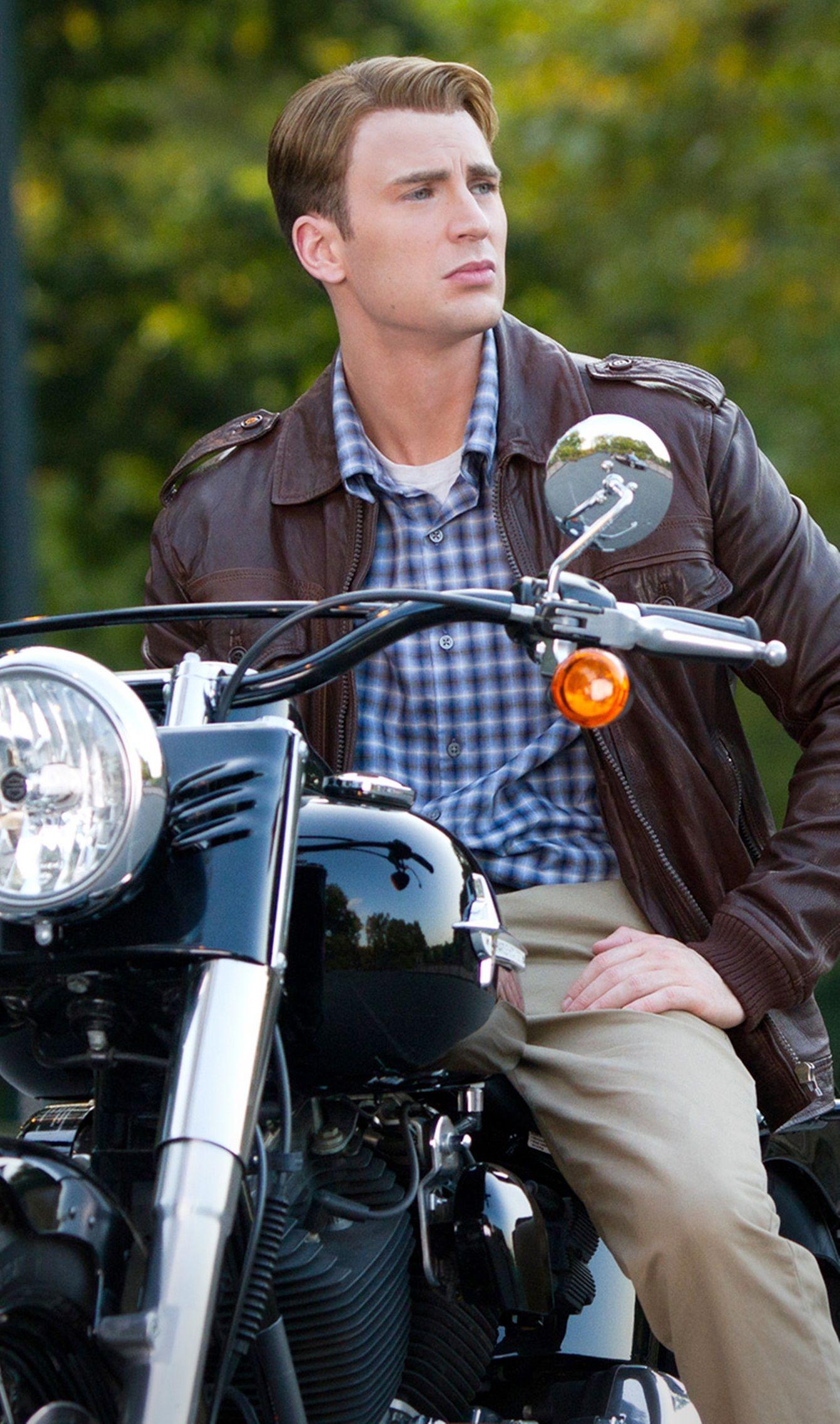 Chris Evans as Steve Rogers in the Avengers. just love how ...