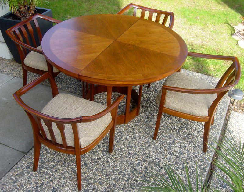 Mid Century Modern Vintage Teak Extendable Dining Table w