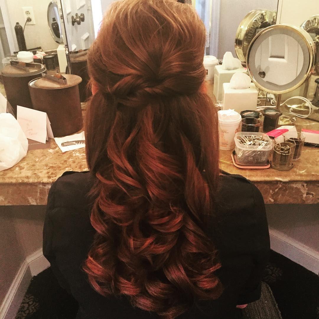 Half up half down with pretty curls and a twist cute hair stuff