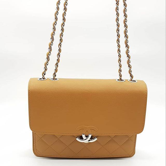 7f2ebc72a8742a Preloved Chanel CC Box Flap Bag Caramel Smooth Caviar Silver Hardware  Serial code