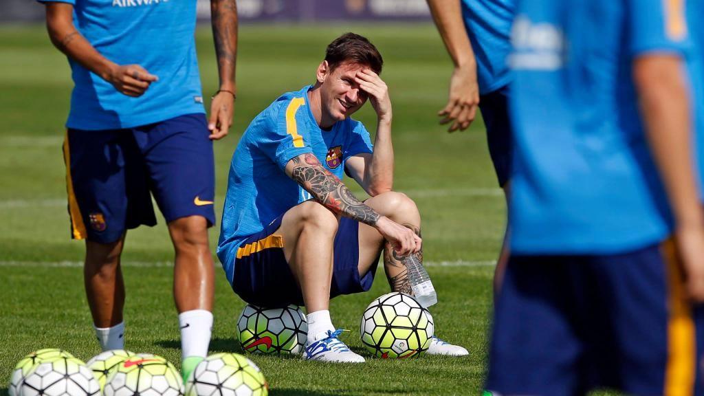 "Mundo Leo on Twitter: ""Leo se ejercitó en una sesión de recuperación para empezar a preparar una semana con doble partido de Liga. #VamosLeo http://t.co/0imZBcE2KA"""