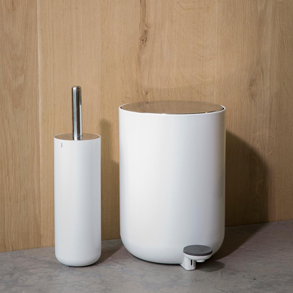 Norm Toilet Brush In 2020 Toilet Brush Toilet Scandinavian Design