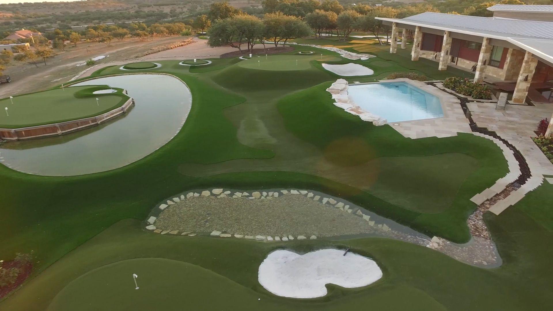 Dave Pelz you to his backyard golf practice