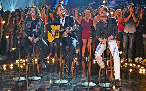 """Hanson dusted off their signature song, """"MMMBop,"""" for an acoustic performance on ABC's Greatest Hits Thursday night. The audience clapped along to..."""