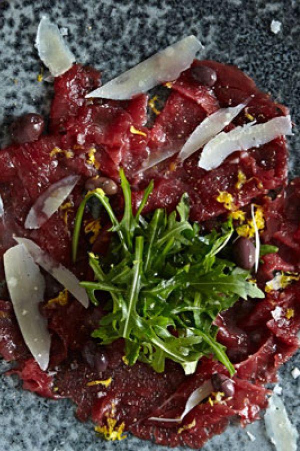 Carpaccio med rucola og parmesan | SØNDAG