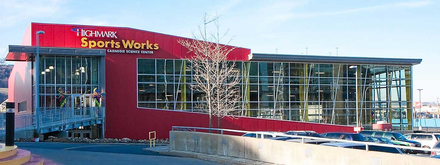 Carnegie science center highmark sportsworks pittsburgh for Weekend trips from pittsburgh