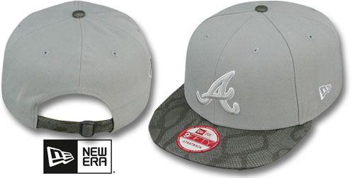 26efdc9f1c1 Braves SNAKE-THRU STRAPBACK Grey Adjustable Hat by New Era on hatland.com