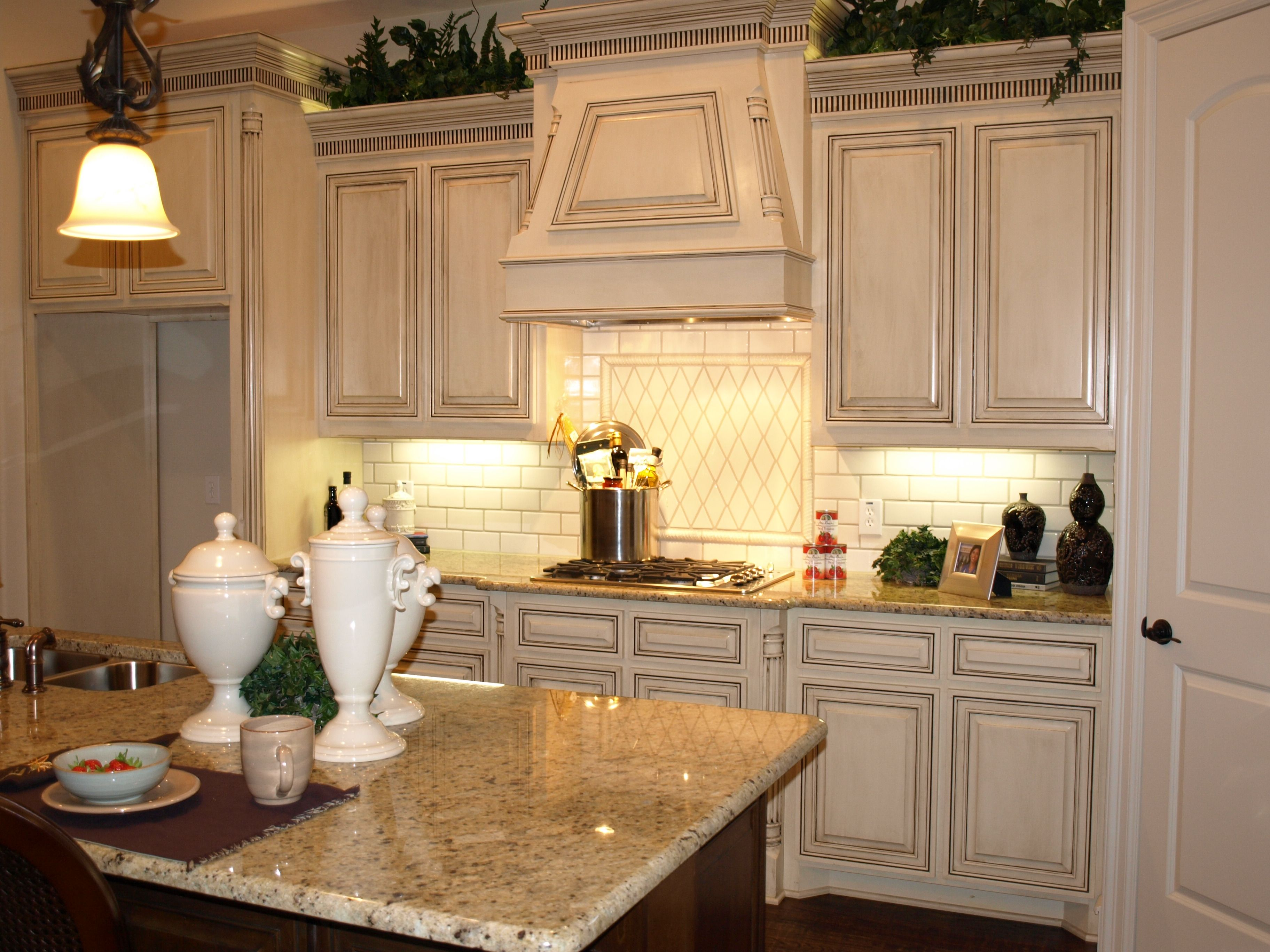 Love These Antique Looking Cupboards Glazed Kitchen Cabinets Distressed Kitchen Cabinets Antique White Kitchen