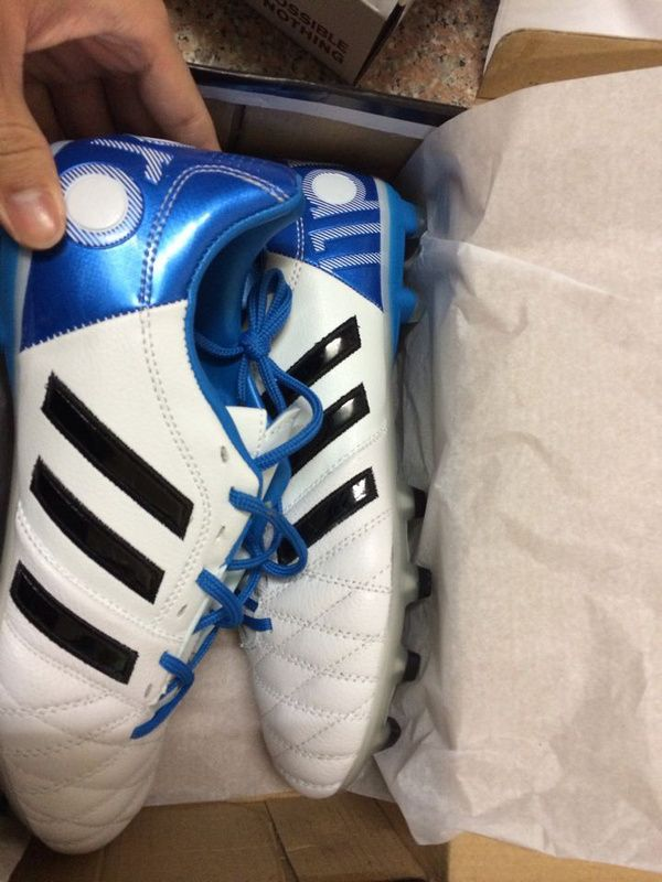 ADIDAS ADIPURE 2 RUNNING WHITE   SOLAR BLUE   BLACK a white Adidas Adipure  11pro 2 d00d25ded40c