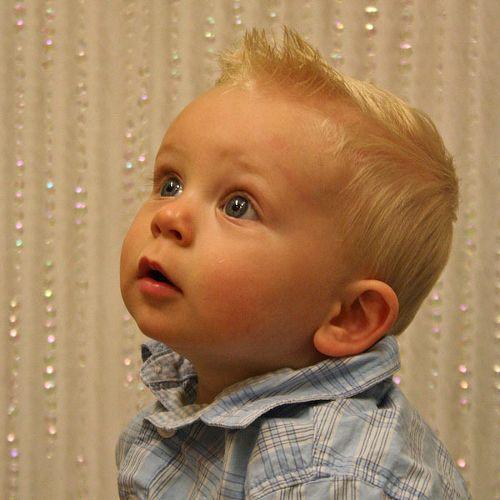 Kinderfrisuren Fur Madchen Und Jungs Coole Haarschnitte Fur Kinder Kinder Frisuren Frisur Kleinkind Frisur Kleinkind Junge