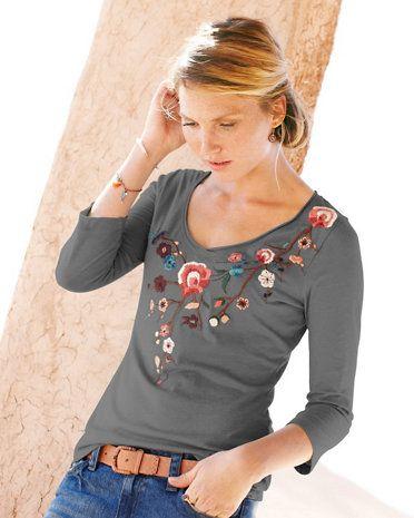 Embroidered V-Neck Knit Top
