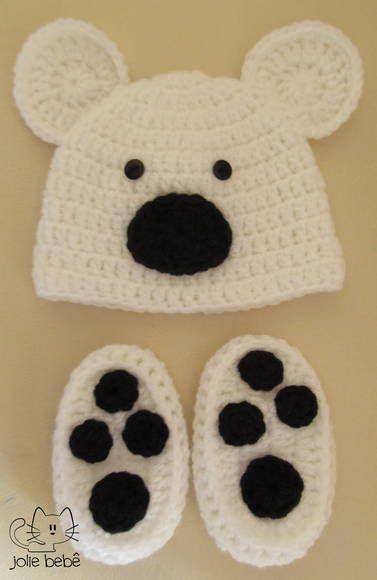 Conjunto de gorro e sapatinho para fotografia de newborn. Feito em crochê.  TAMANHO RECÉM NASCIDO R  70 ed8669b96be