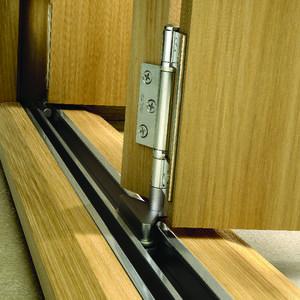 Wickes Belgrave Internal Folding 3 Door Set Oak Veneer 4 Lite 2074 x ...