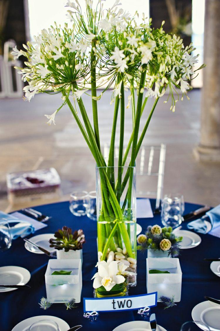 Tischdeko Fur Hochzeit Blumen Gruen Weiss Tischdecke Blau Orchidee