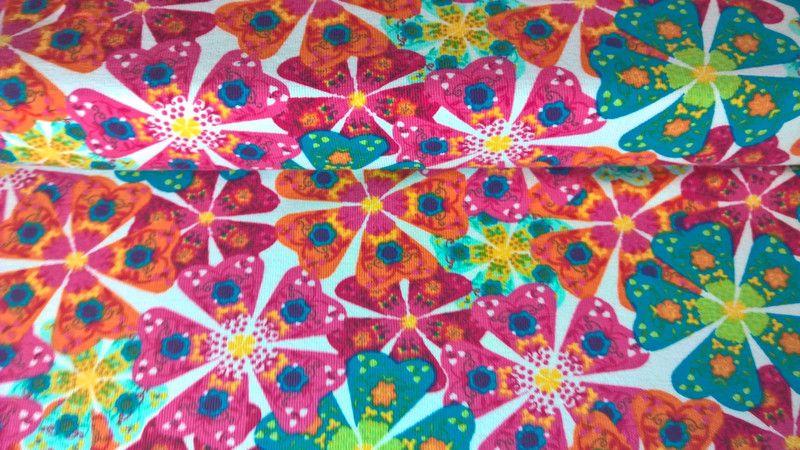 Jersey Jerseystoff Blumen Flowers weiss bunt von Meterware Stoffe günstig kaufen auf DaWanda.com