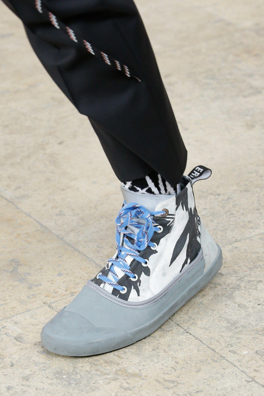 Lanvin Spring 2017 Menswear Fashion Show Mens Accessories Fashion Mens Fashion Trending Shoes