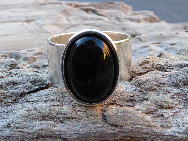 01980f84d06 Bague argent et pierre noire onyx, pierre naturelle brute, bague pierre  solitaire, bague