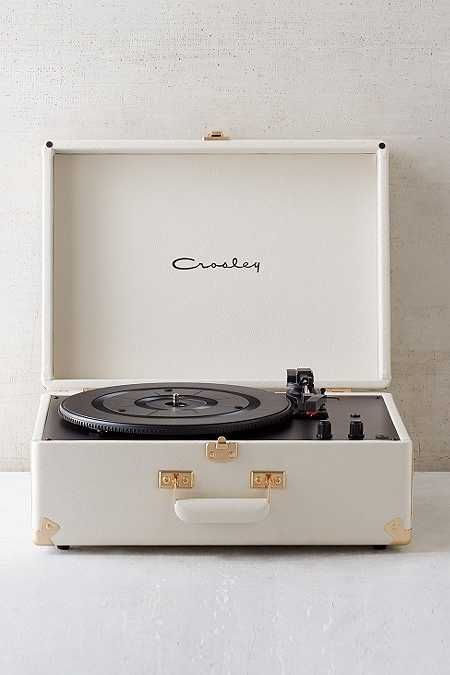 Pin By Strg09 On Accesorize Your Life Record Player Vinyl Record Player Record Player Urban Outfitters