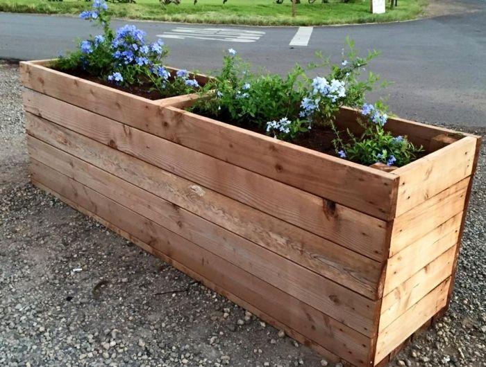 1001 tutoriels et id es pour fabriquer une jardini re en palette jardiniere en palette bac. Black Bedroom Furniture Sets. Home Design Ideas