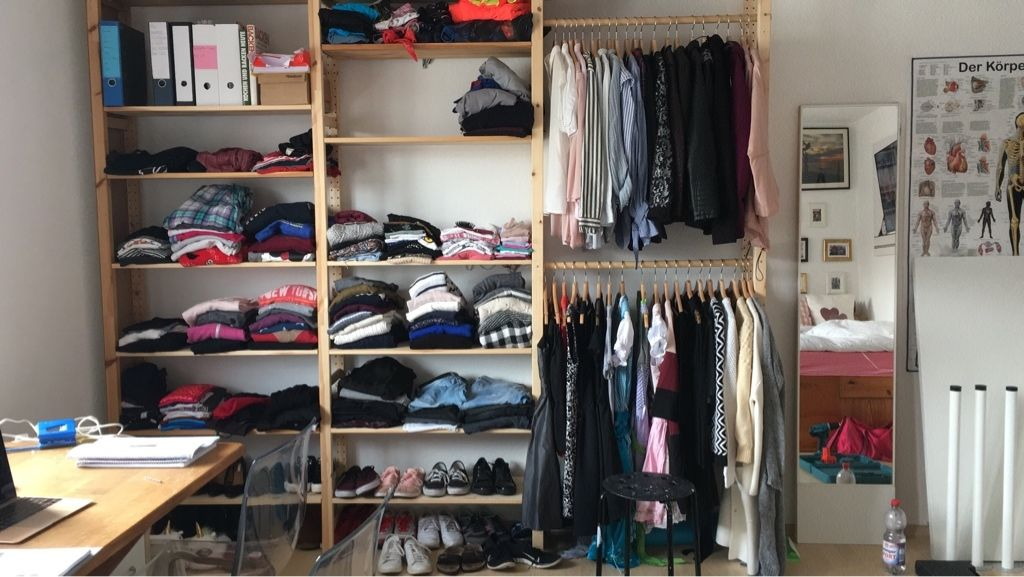 Regalsystem als offener Kleiderschrank und Schuhregal. #DIY #Regal ...