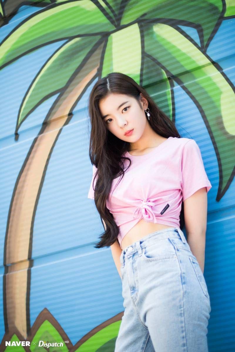 Itzy Lia It Z Icy Promotion Photoshoot By Naver X Dispatch Kpop Girls Itzy Kpop Girl Groups
