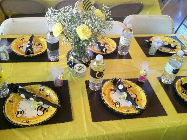 bumble bee baby shower pinterest bumble bees baby shower themes