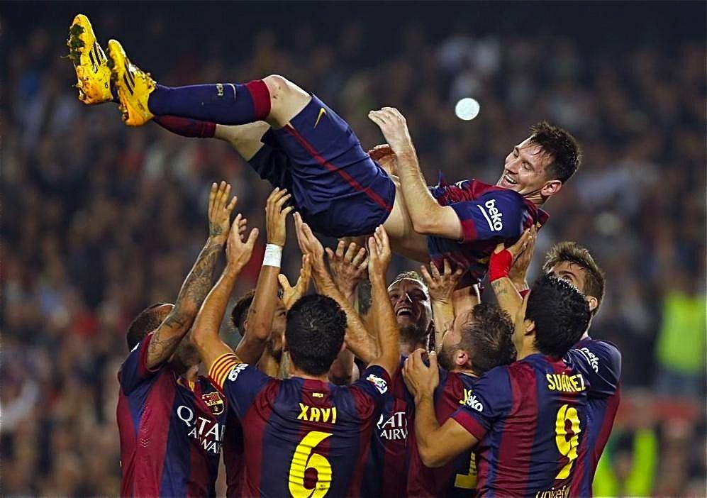 Messi Maximo Goleador En La Historia De La Liga Superando A Telmo Zarra Messi Goleadores Libros De Historia