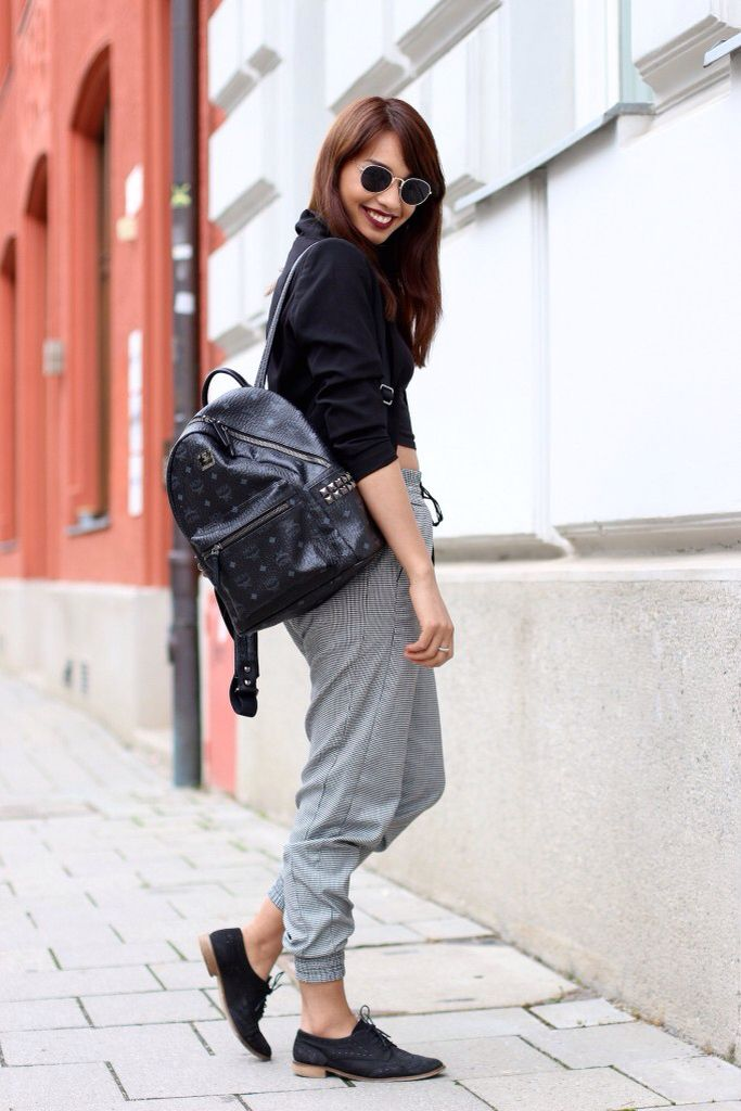 http://modepuppen.co/outfit-mcm-bag-grey-
