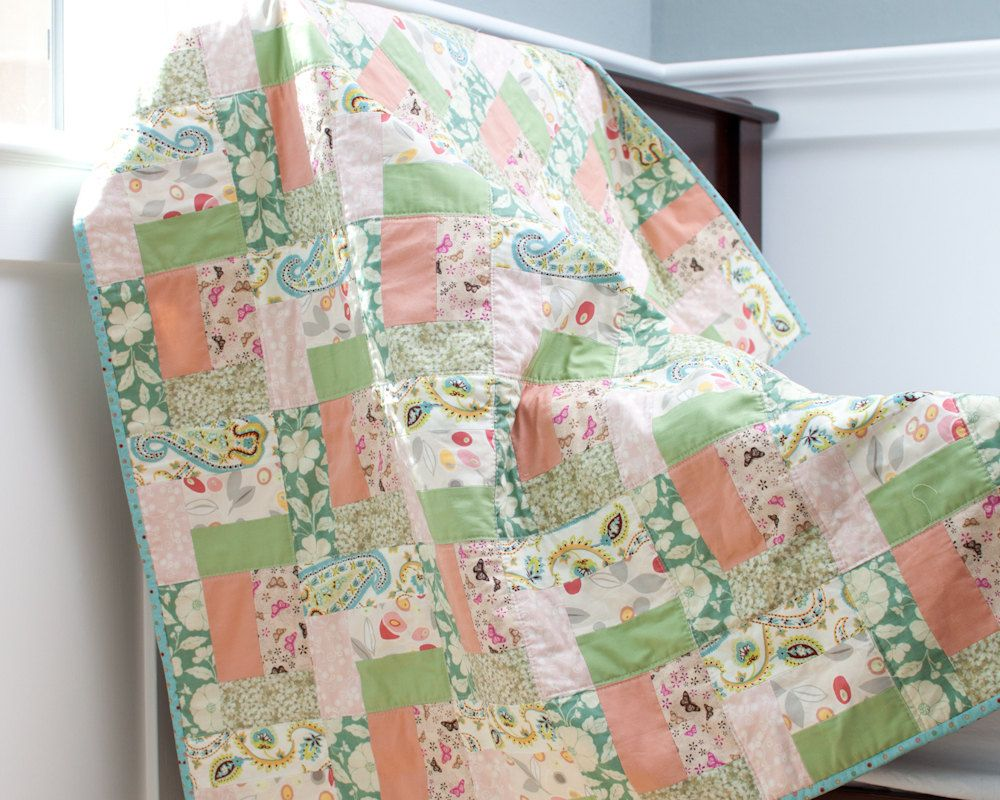 cute quilt pattern, would be cute in coral/teal/white or pink/orange/white