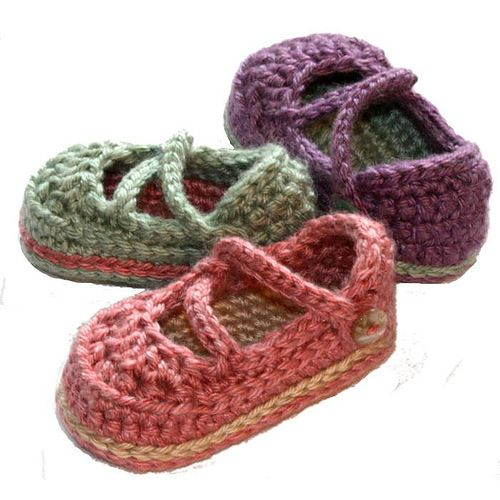 I may attempt to make these if we get a baby girl in the family!