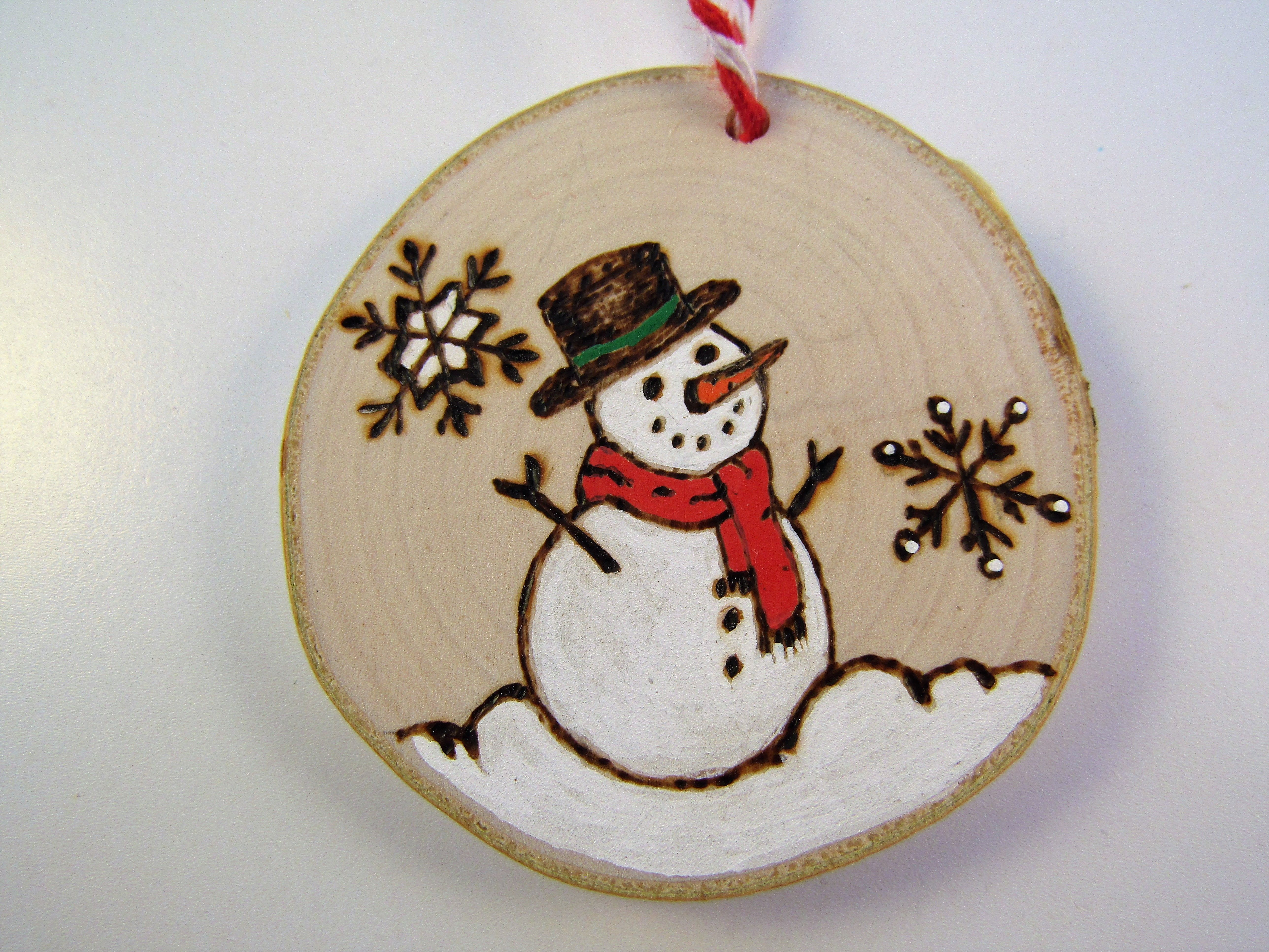 Home Of Creatives Wood Christmas Ornaments Christmas Wood Crafts Wooden Christmas Tree Decorations