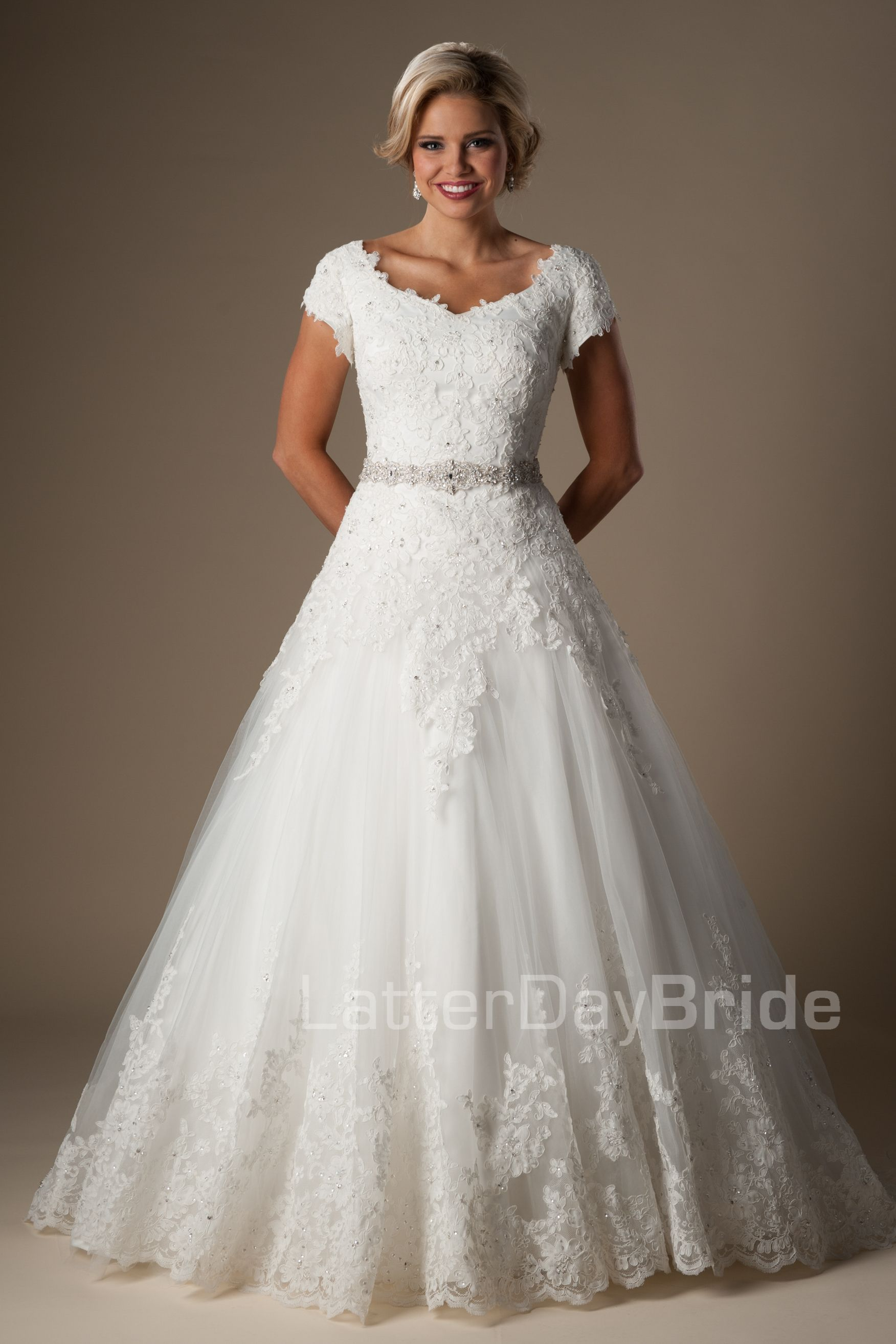 Ballgown (Wedding) : Billingham | novia modesto | Pinterest ...