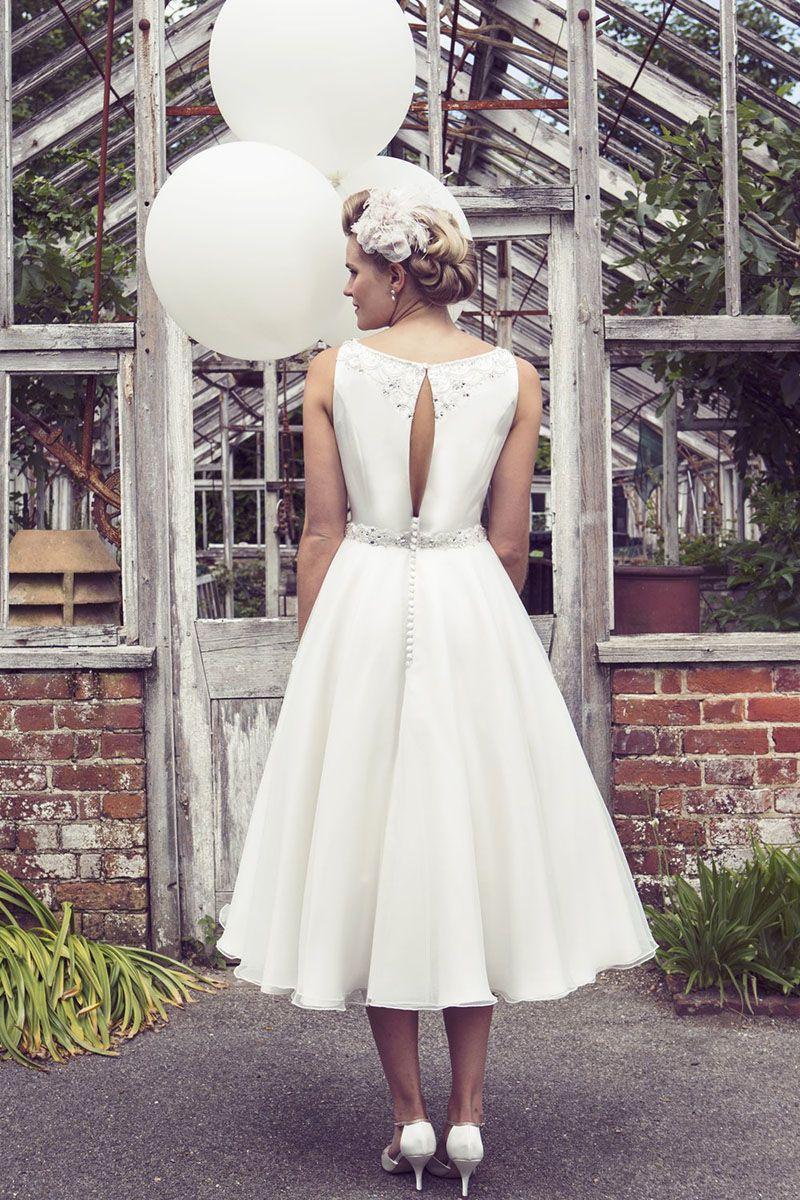 Beaded ivory chiffon sleeveless simple tea length wedding dress