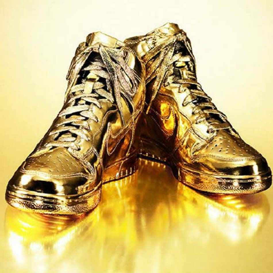 67744f79533 Nike dunks indulgences covered in gold the designer kenneth courtney the  worlds most expensive shoes jpg
