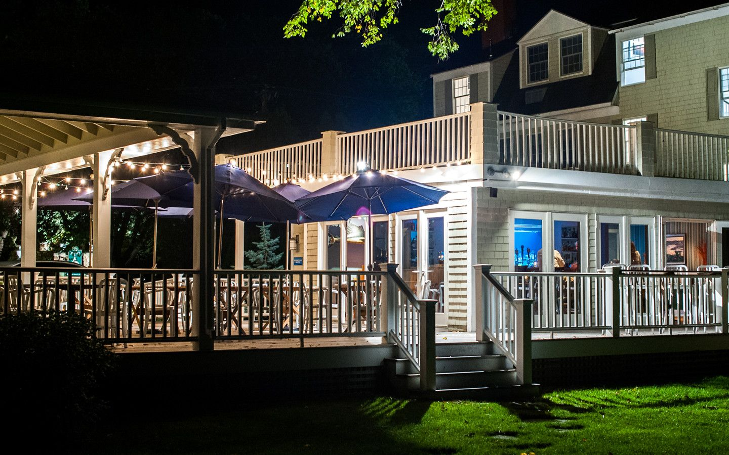 Stripers is a Kennebunkport restaurant offering waterside fresh   local  seafood  Book a table today   enjoy the finest Seafood Kennebunkport has to  offer Waterside Fresh Kennebunkport Seafood Restaurant   Stripers  . Porch Dining Room Kennebunkport. Home Design Ideas