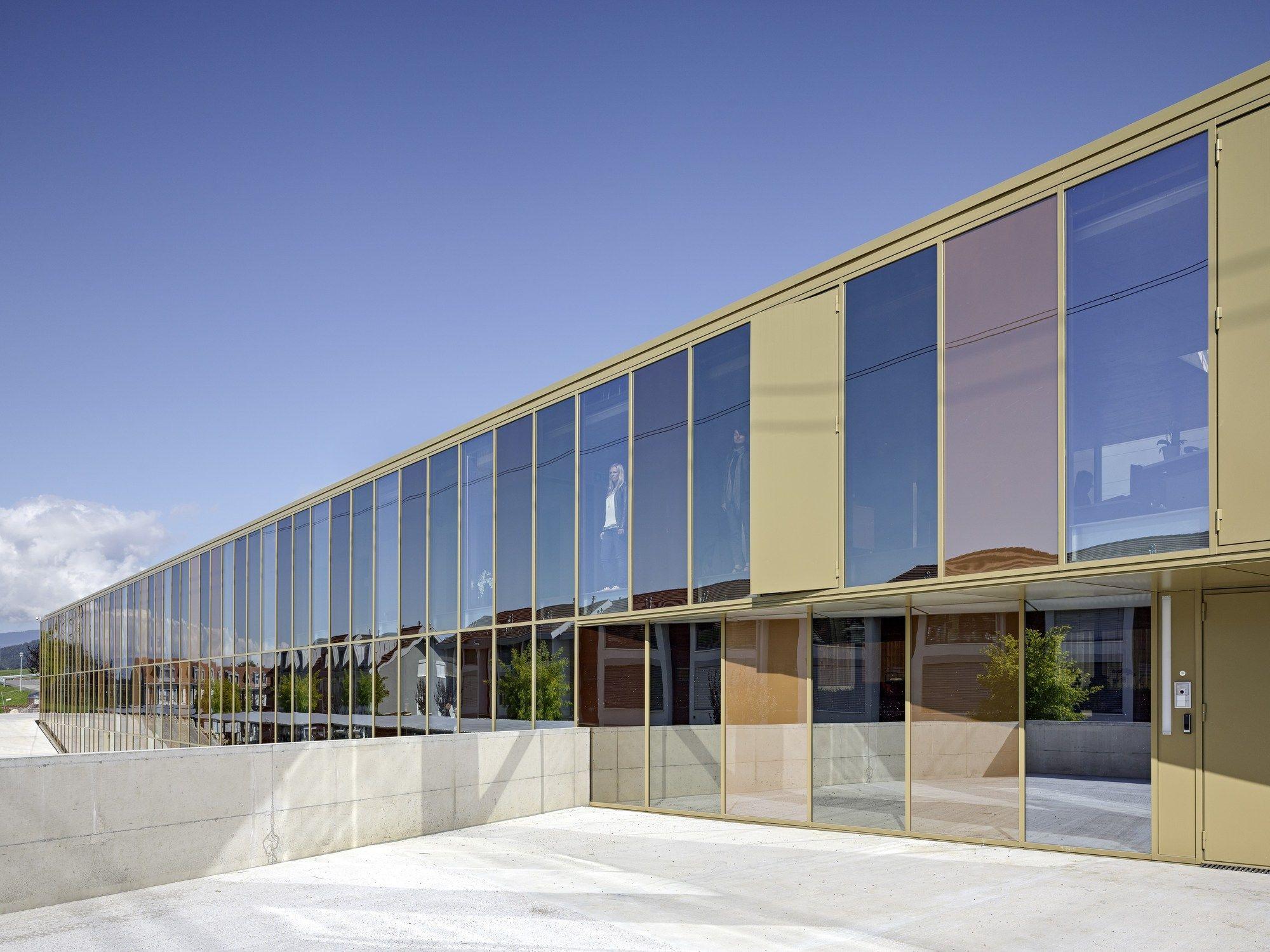 office building jolimont 2b architectes office pinterest