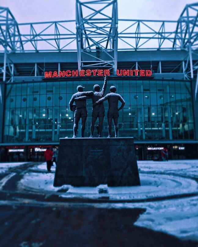 Get Great Manchester United Wallpapers Old Trafford #oldtrafford #manchesterunited #mufc #legend #champion #football