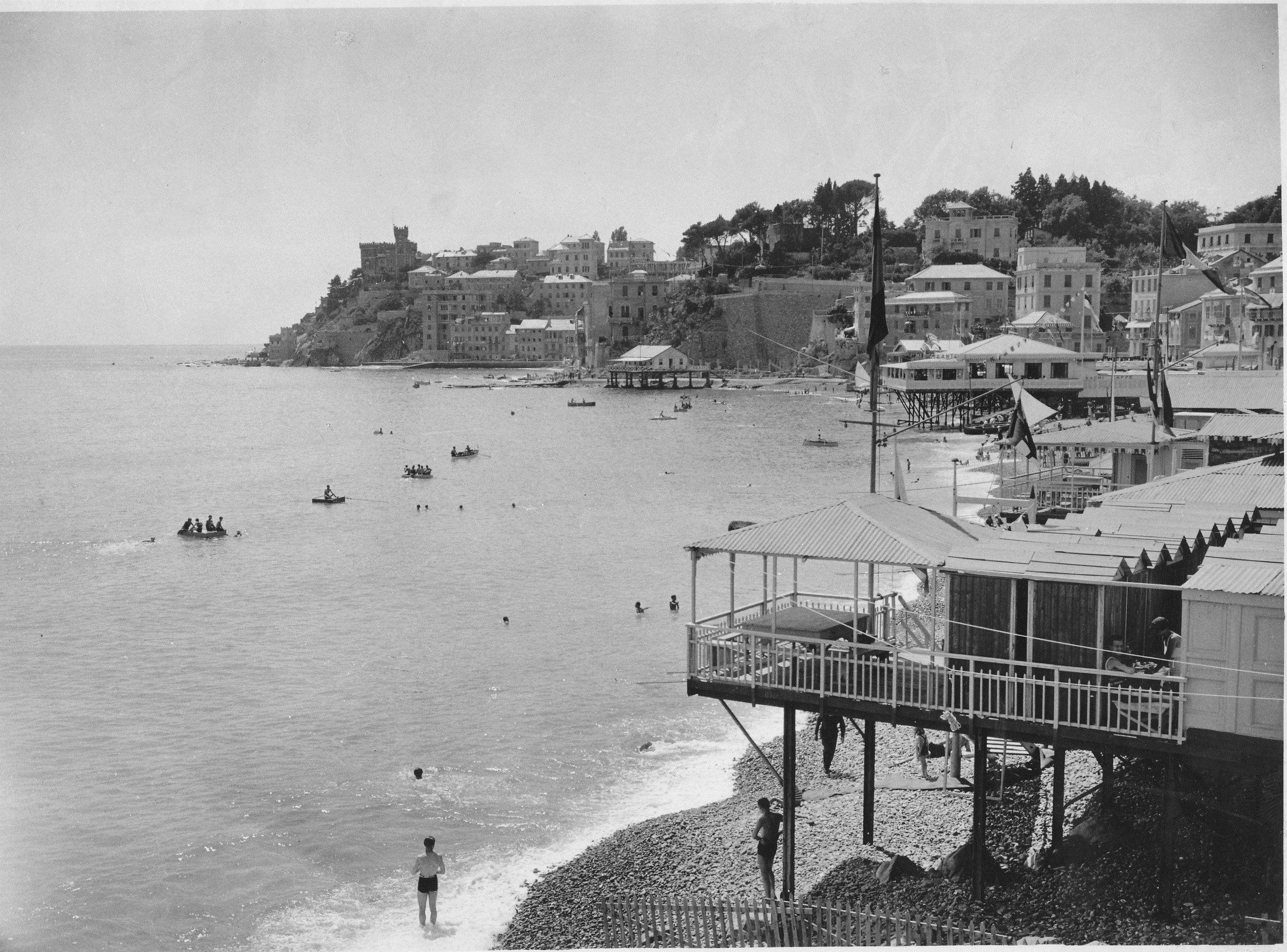 La spiaggia di Sturla genova genoa liguria anniTrenta the 1930s