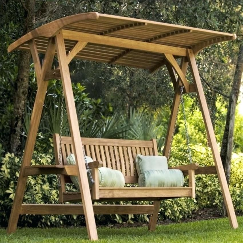 Wooden Patio Swing Suitable For Three People. 3 Seater Wooden Outdoor Swing