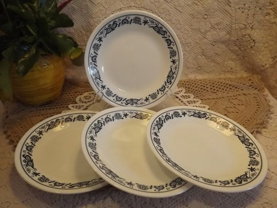Vintage Corelle Livingware by Corning Old Town Blue Discontinued ...